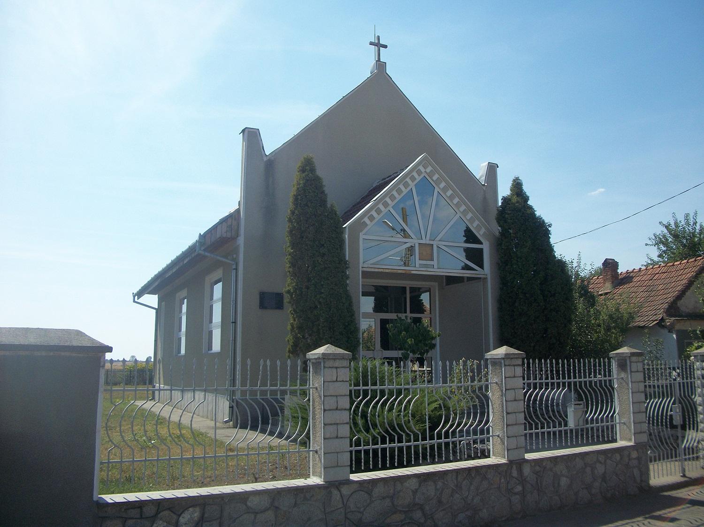Biserica (2)